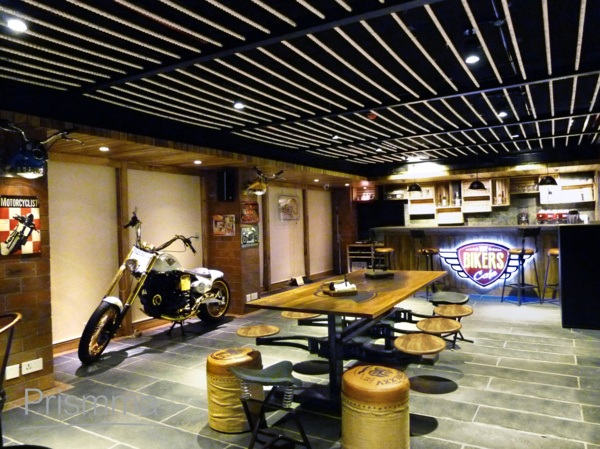 Kolkata interior designer bikers cafe by icon projects - Become an interior designer online ...